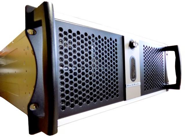 Промышленный безвентиляторный сервер RackNode™ 4U Xeon E-2100 19